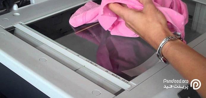 شیشه کثیف دستگاه از دلایل بی کیفیت بودن کپی